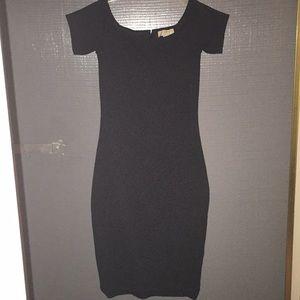 Micaela Kors Off the shoulder dress size XS